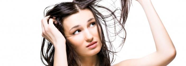 Почему волосы быстро становятся жирными? Как их лечить?